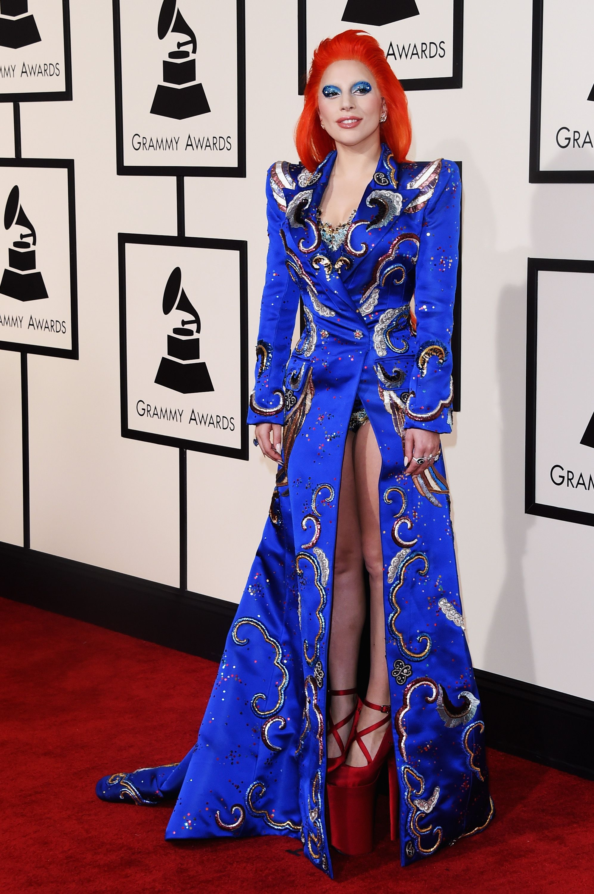 Grammys Red Carpet 2016 - Pictures from 2016 Grammys Red Carpet