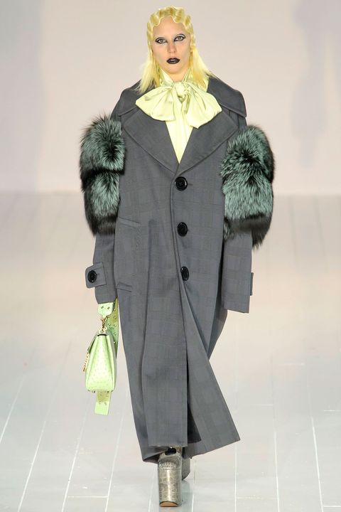 Coat, Textile, Outerwear, Overcoat, Fur clothing, Winter, Costume design, Street fashion, Fashion, Natural material,