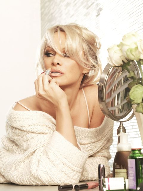 At Home With Pamela Anderson - Pamela Anderson Beauty -3725