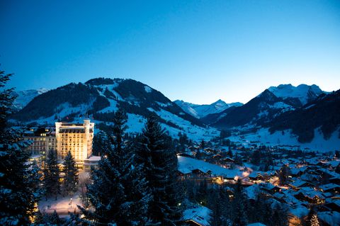 "<p>Filmed at <a href=""http://www.palace.ch/"">Gstaad Palace</a> 40 years ago, the film starring Peter Sellers pictured the property's  <a href=""http://www.palace.ch/rooms-suites/suites/penthouse-suite/?L=msfliqfmueax%273e51"">penthouse suite</a>, spa and lobby. Today, all the original elements and suites shot for the film still remain, and the hotel is celebrating its anniversary year with a Pink Panther themed cocktail list. </p>"