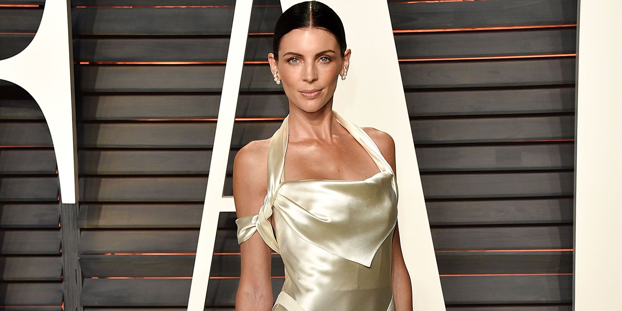 Liberty Ross Wore Her Wedding Gown To Attend the 2016 Oscars Vanity ...