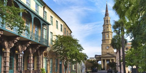 Town, Neighbourhood, Street, Tower, Residential area, Steeple, Facade, Real estate, Church, Spire,