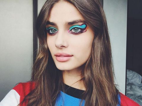 "<p>Taylor Hill at Fendi</p><p><a href=""https://www.instagram.com/p/BCNfi8rtpHI/"" target=""_blank"">@taylor_hill</a></p>"