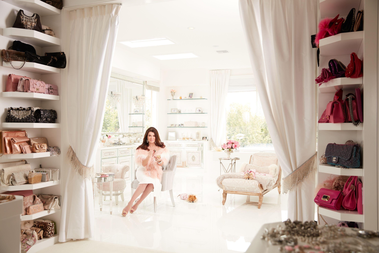 Beauty Vanity Lisa Vanderpump Gets Real On Botox Fillers And Favorite Products