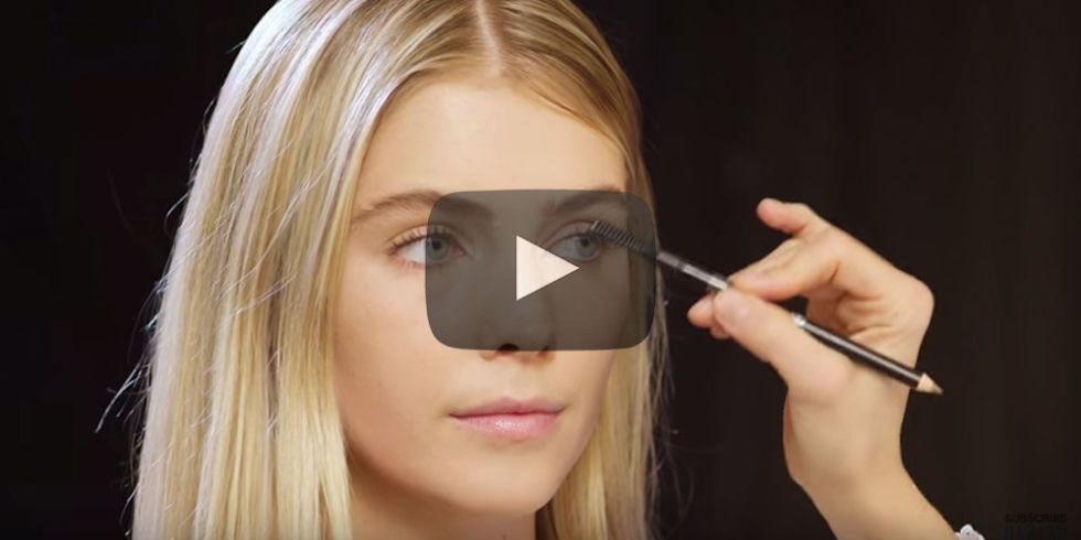 How To Fill In Your Eyebrows Use Eyebrow Powder Pencil And