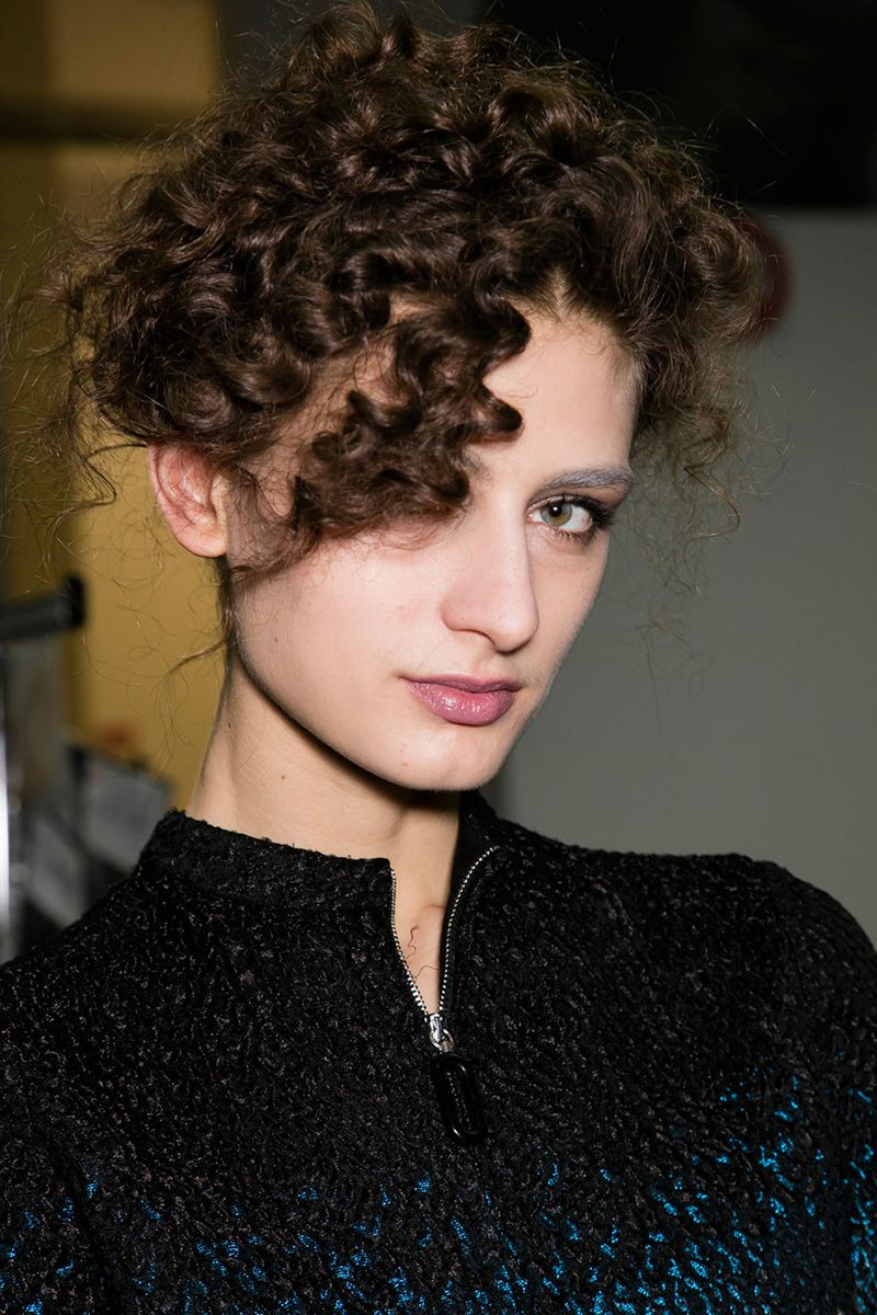 Best hair trends for fall 2016 fall 2016 hair trends from the best hair trends for fall 2016 fall 2016 hair trends from the runways urmus Images