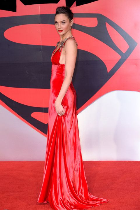 LONDON, ENGLAND - MARCH 22:  Gal Gadot arrives for the European Premiere of 'Batman V Superman: Dawn Of Justice' at Odeon Leicester Square on March 22, 2016 in London, England.  (Photo by Karwai Tang/WireImage)