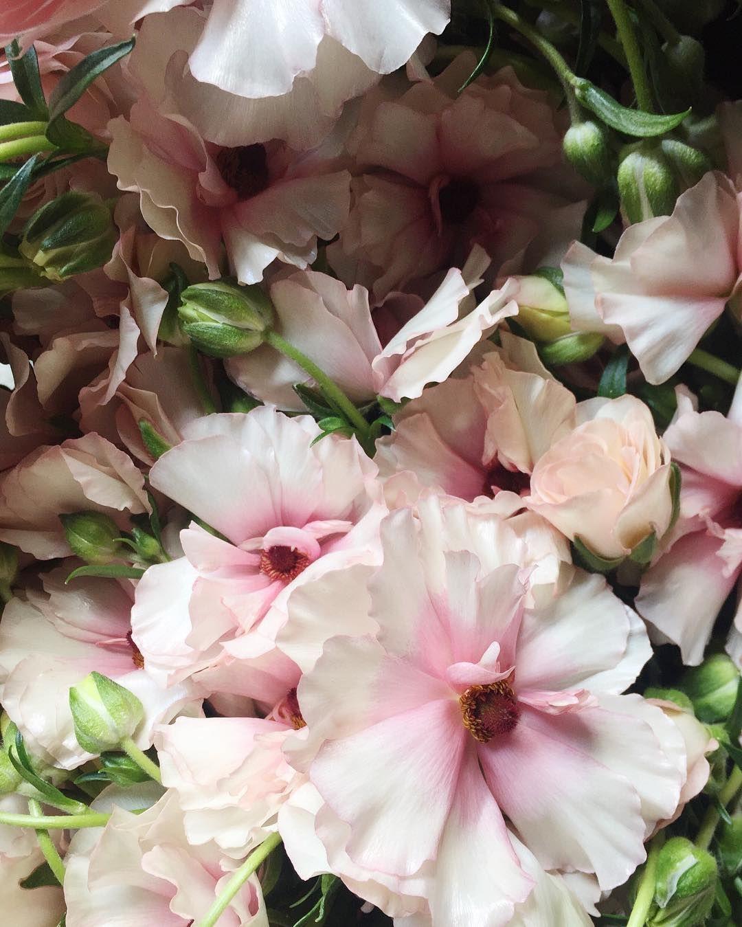 16 Spring Wedding Flower Ideas
