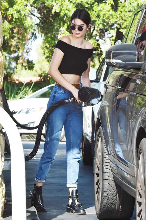 <p>Is this what chic people wear to pump their gas? If so, sign me up for an off-the-shoulder crop top and those Balenciaga boots.</p>