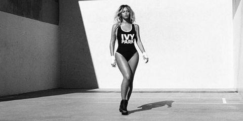 Human leg, Sportswear, Standing, Style, Sleeveless shirt, Knee, Monochrome, Black, Black-and-white, Thigh,