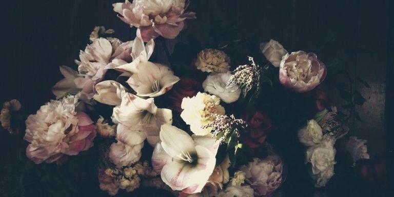 16 spring wedding flower ideas bridal bouquets and floral dutch love spring wedding flowers junglespirit Gallery