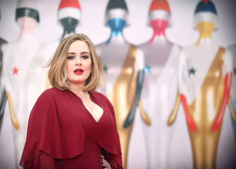 Winged Eyeliner How-To, Straight From Adele's Makeup Artist