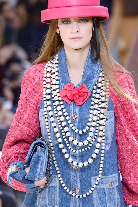Pink, Style, Fashion accessory, Street fashion, Headgear, Costume accessory, Fashion, Jewellery, Blond, Fashion design,