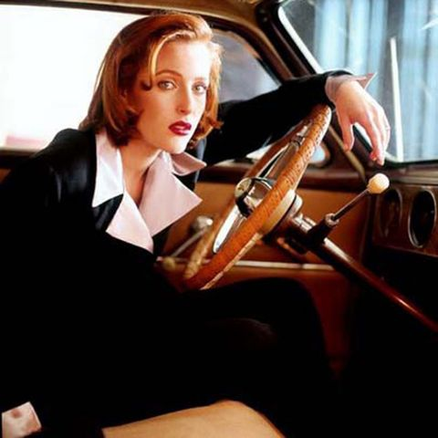 "<p>Nothing says ""I mean business"" quite like a suit. Take your cue from the <em>X-Files </em>chicest investigator, Dana Scully. </p>"