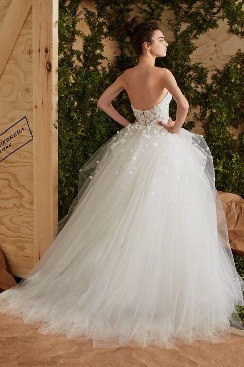 15 Carolina Herrera Spring 2017 Wedding Dresses See Entire Carolina Herrera Bridal Collection,Badgley Mischka Wedding Dress