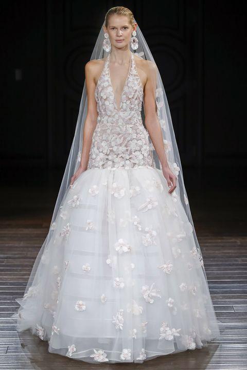 Clothing, Sleeve, Bridal clothing, Dress, Shoulder, Textile, Photograph, Gown, Wedding dress, White,