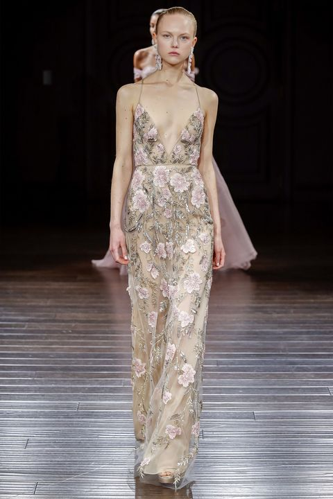 Fashion show, Human body, Shoulder, Runway, Style, Waist, Fashion model, Dress, Fashion, Neck,