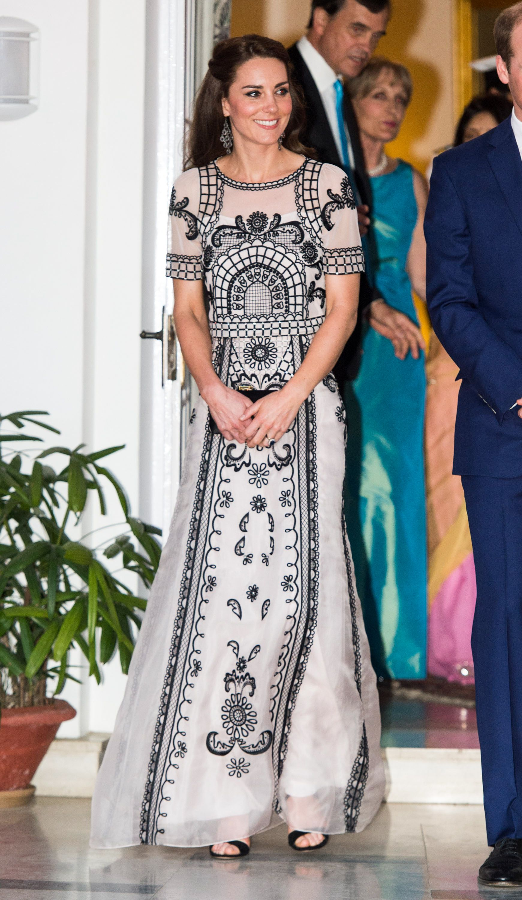 Kate Middleton S Outfits From Her Visit To India And Bhutan Pictures Of The Royal Tour Of India And Bhutan