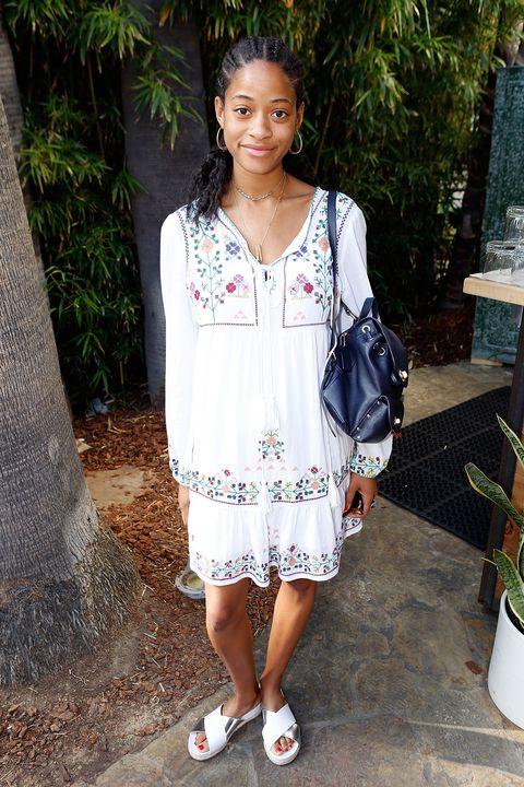 Clothing, White, Style, Flowerpot, Jewellery, Fashion accessory, Street fashion, Fashion, Beauty, Bag,