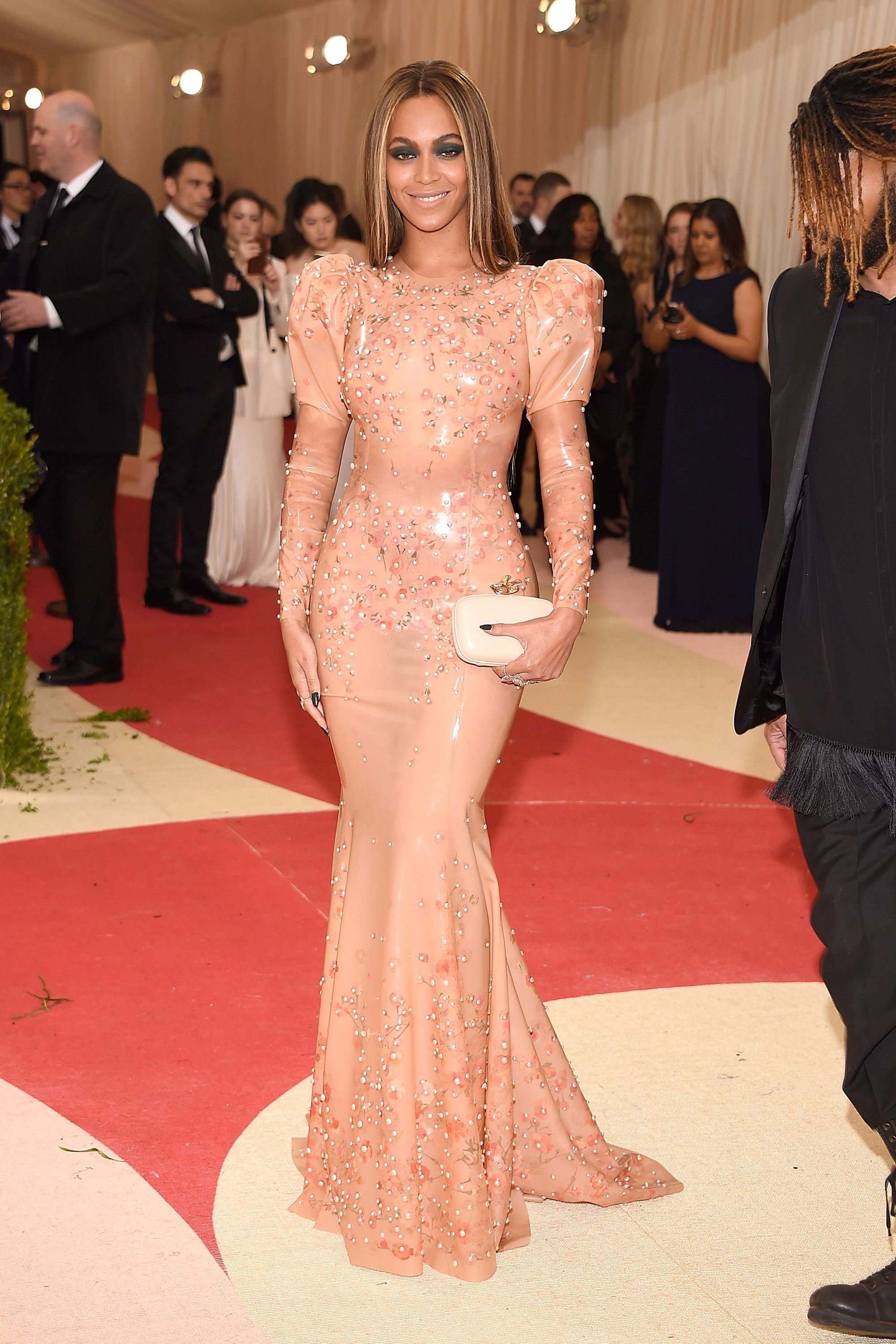 Red Carpet Dresses at Met Gala 2016 - Dresses and Gowns From the Met ...
