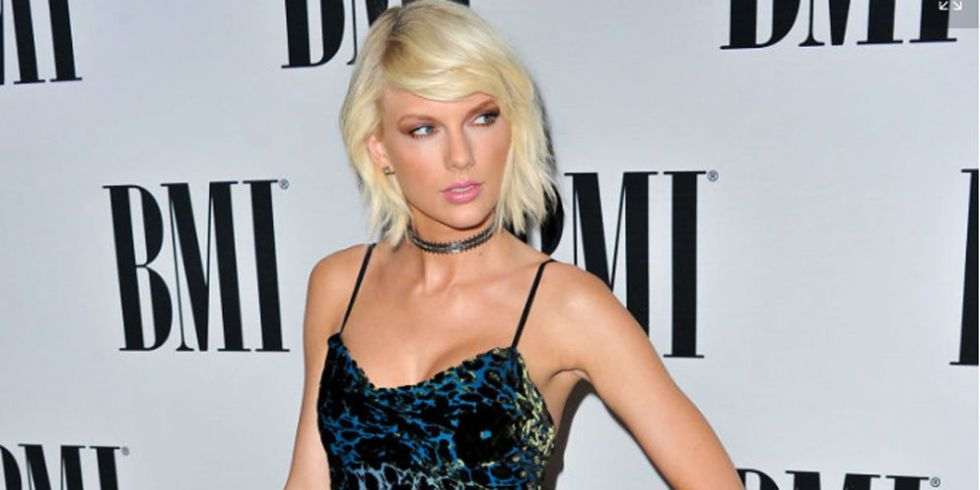 Taylor Swift Receives the Taylor Swift Award Looking Nothing Like Herself