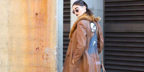 Clothing, Brown, Jacket, Coat, Sleeve, Collar, Textile, Outerwear, Street fashion, Fashion,