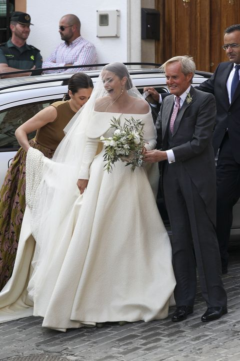 The Bride With Her Father Duke Of Wellington