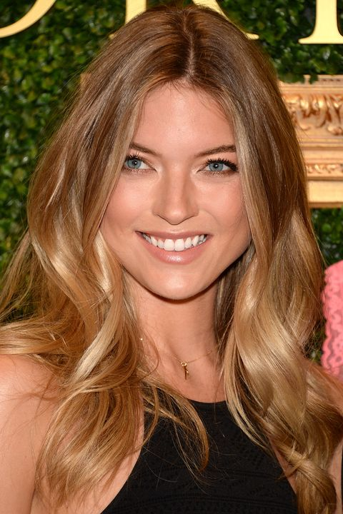 40 Best Medium Hairstyles Celebrities With Shoulder Length Haircuts