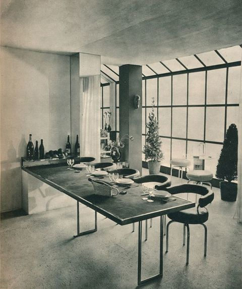 <p>At Salon des Artistes Dècorateurs, Charlotte Perriand debuts a table and stools that would feel right at home in our current homes. </p>