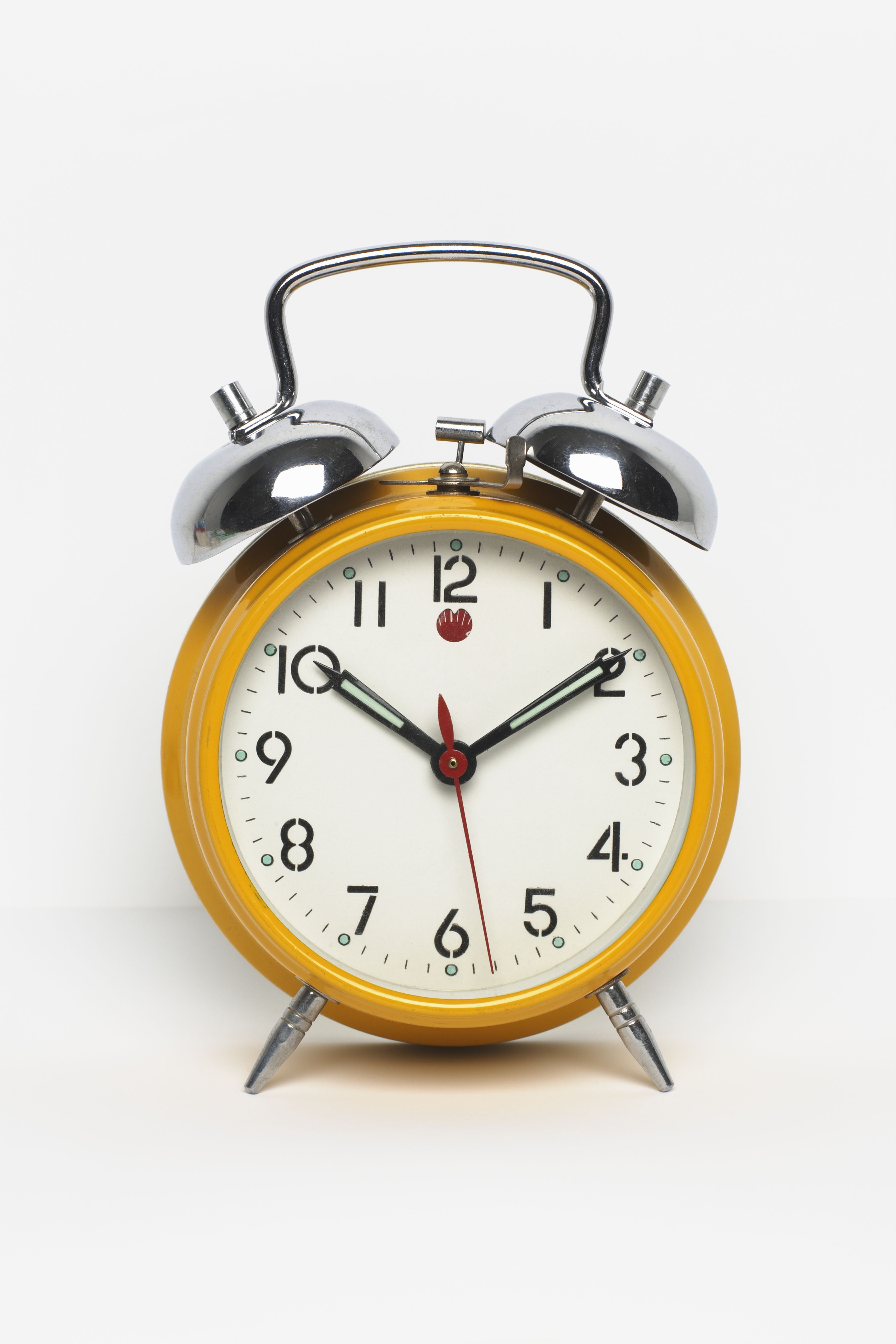 "<p>""The best way to start getting to bed earlier is to start getting up earlier every day of the week. Set your alarm for something reasonable—don't plan to shift from getting up at 8:30 a.m. to getting up at 5:00 a.m. all at once. Try setting your alarm 30 minutes earlier for a week before moving it earlier again. <strong>No snoozing allowed.</strong> Once your body adjusts to waking earlier, you will naturally become <span class=""highlight"">sleep</span>y earlier at night."" </p><p><br></p><p>Maintaining this sleep schedule despite the ebbs and flows of your weekend plans (AKA drinking) might seem like a big ask, but the National Sleep Foundation <a href=""https://sleepfoundation.org/sleep-tools-tips/healthy-sleep-tips"" target=""_blank"">recommends</a> that you stick to it to keep your body clock on track. </p>"