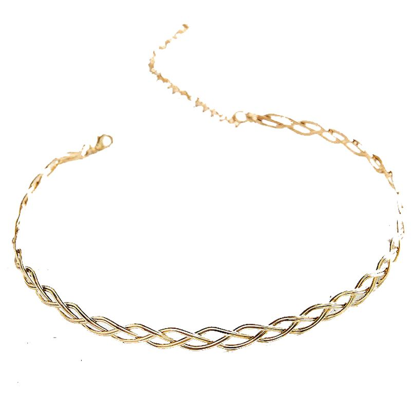 "<p><strong>Urban Outfitters</strong> choker, $24, <a href=""http://www.urbanoutfitters.com/urban/catalog/productdetail.jsp?id=38768792&category=W_ACC_JEWELRY"" target=""_blank"">urbanoutfitters.com</a>. </p>"