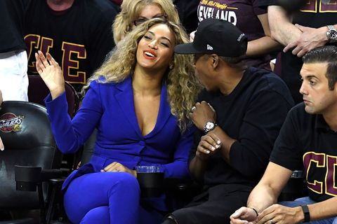 Here's the Real Story Behind Beyoncé's Courtside Side-Eye