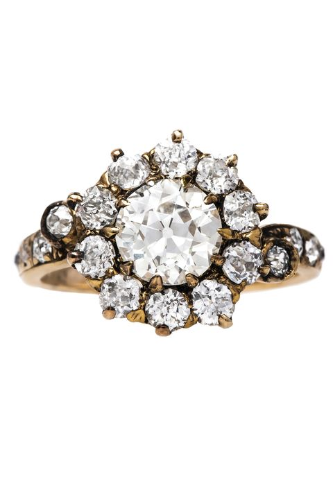 ec73977148f 50 Vintage Engagement Rings - Antique and Vintage-Inspired ...