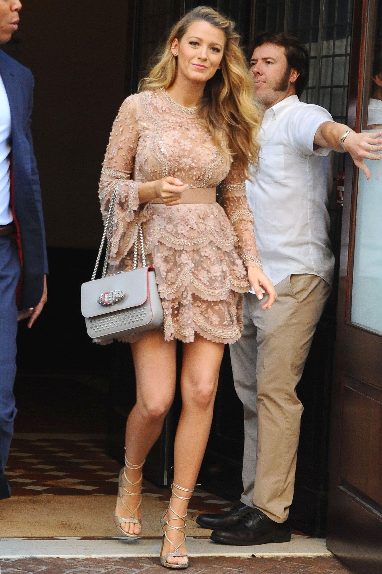 16b8f58c016 Blake Lively Pregnancy Style - Blake Lively Fashion