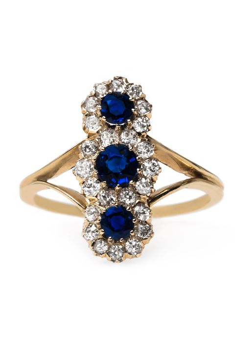 fc51263a1 50 Vintage Engagement Rings - Antique and Vintage-Inspired ...