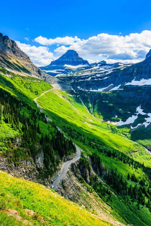 Stunning vista along Highline trail in Glacier National Park, Montana USA.