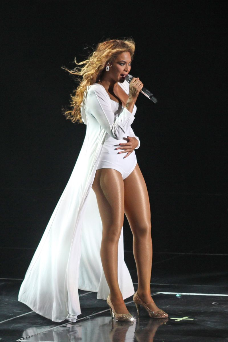 <p> In Thierry Mugler.</p>