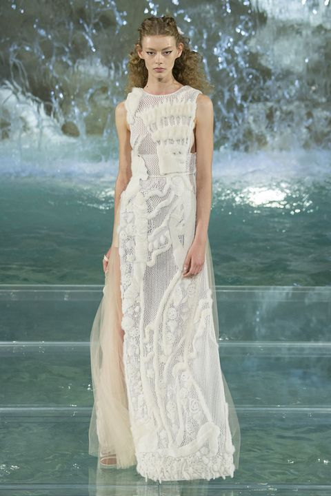Clothing, Hairstyle, Dress, Shoulder, Formal wear, Gown, One-piece garment, Beauty, Wedding dress, Bridal clothing,
