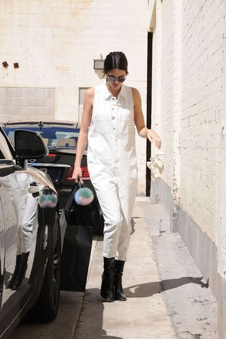 2261bfac743 Kendall Jenner Went to McDonald's After Leaving the British Fashion ...