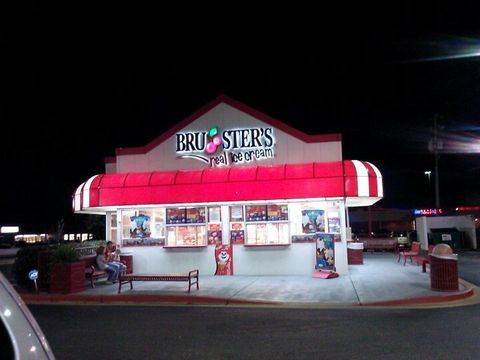 "<p><strong><a href=""http://brusters.com/"">Bruster's Real Ice Cream</a>, Prattville</strong></p><p>""Great service. I've never had an <span class=""entity tip_taste_match"">ice cream that wasn't great. White <span class=""entity tip_taste_match"">Turtle</span>, <span class=""entity tip_taste_match"">salted caramel</span>, and <span class=""entity tip_taste_match"">raspberry</span> <span class=""entity tip_taste_match"">chocolate truffle</span> are my favorites."" —<em>FourSquare user </em><a href=""https://foursquare.com/user/22833839""><em>Rachel Smitherman</em></a></span></p><p><br></p>"