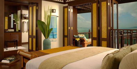 Lighting, Wood, Interior design, Room, Bed, Textile, Linens, Furniture, Bedding, Bedroom,