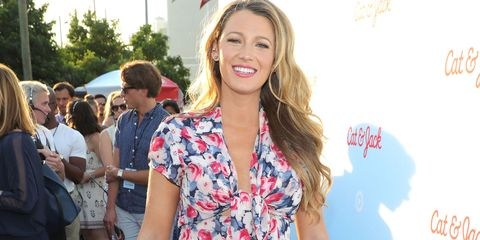 Blake Lively's Chic Mom-to-Be Style