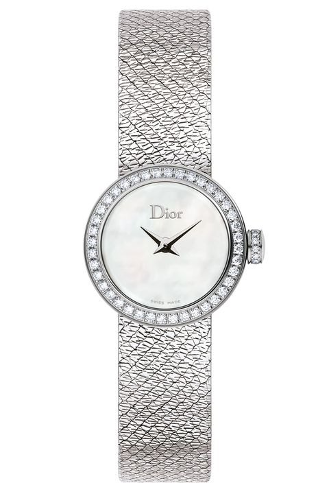Product, Analog watch, Font, Pattern, Metal, Watch, Rectangle, Silver, Circle, Steel,