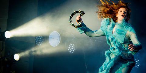 Music, Entertainment, Performing arts, Music artist, Pop music, Performance, Singing, Music venue, Concert, Artist,