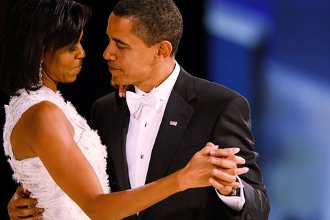 HBZ Obamas in love