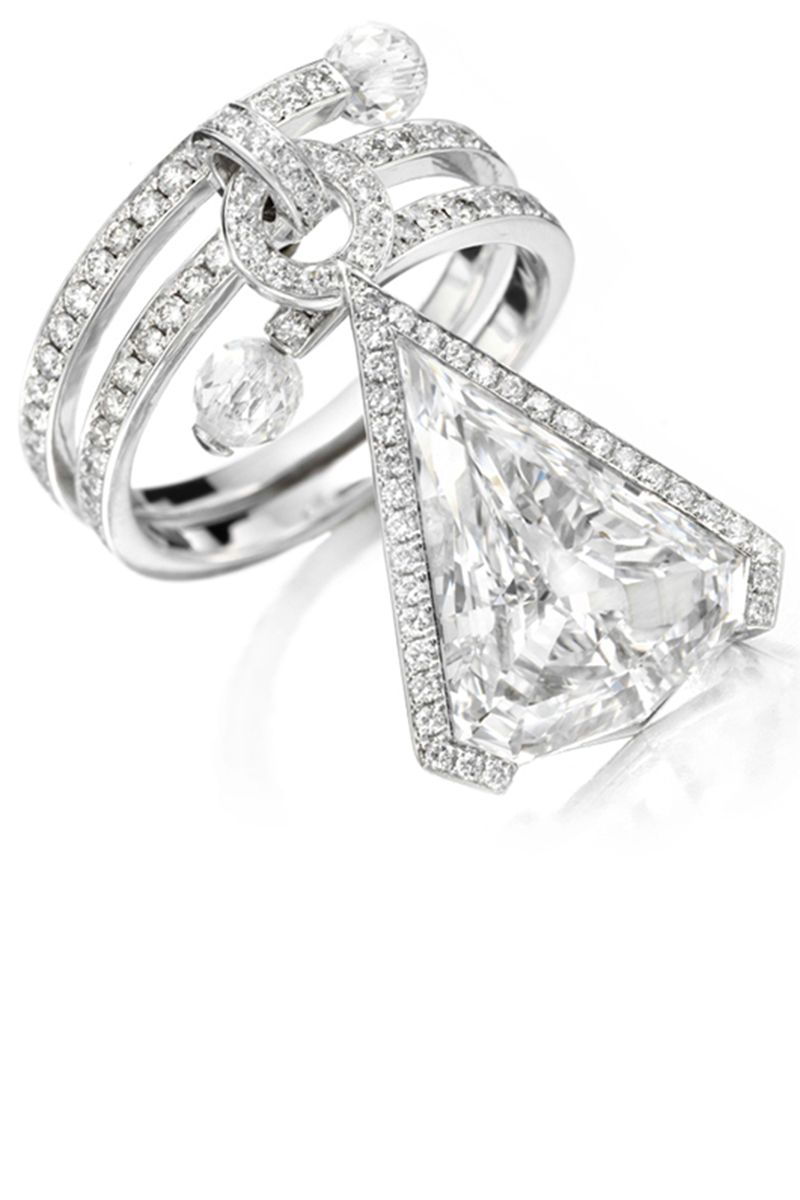 19 Unique Engagement Rings  Unusual Diamond Engagement Rings For  Nontraditional Brides