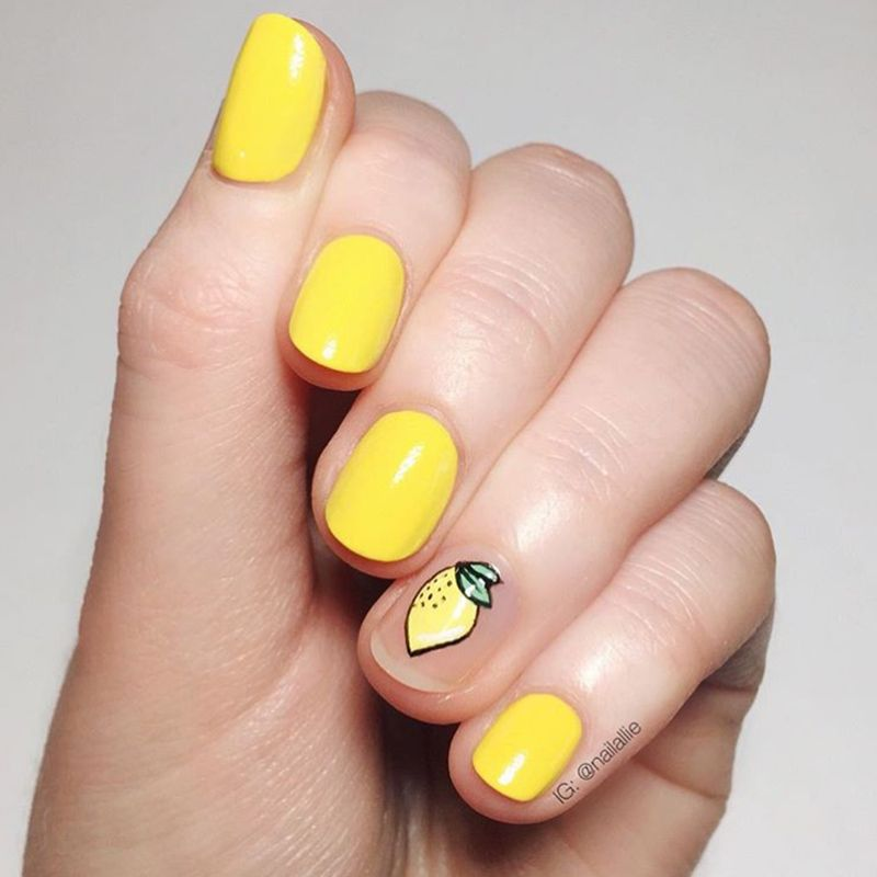 "<p><a href=""https://www.instagram.com/nailallie/"" target=""_blank"">@nailallie</a></p>"