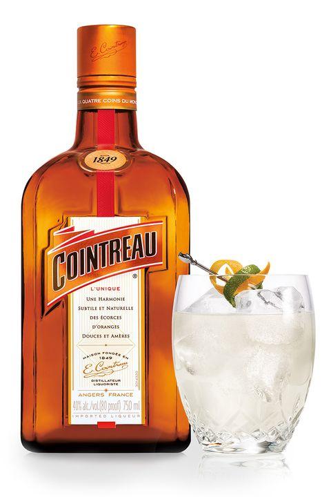 Liquid, Fluid, Bottle, Alcohol, Alcoholic beverage, Distilled beverage, Amber, Glass, Drink, Barware,