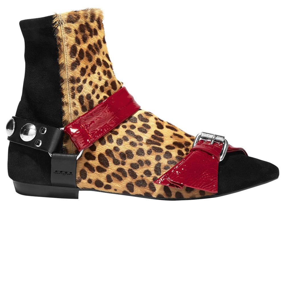 "<p><strong data-redactor-tag=""strong"" data-verified=""redactor"">Isabel Marant </strong>boots, $885,&nbsp&#x3B;212-219-2284.<span class=""redactor-invisible-space""></span></p>"