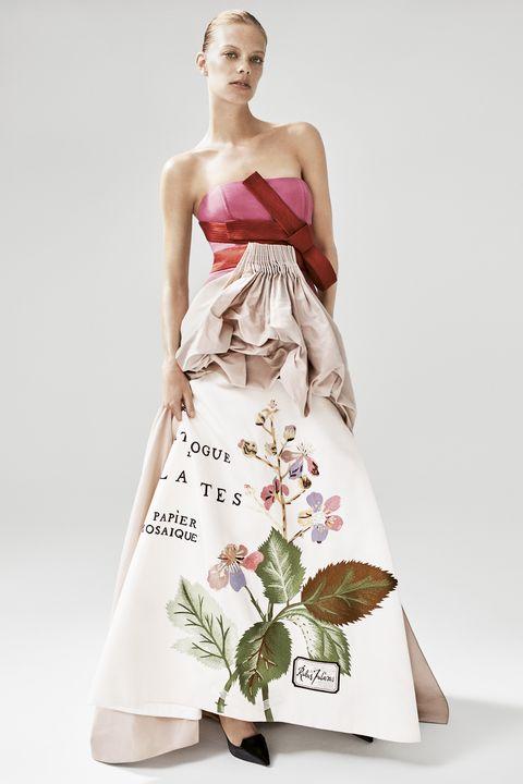 45cd04d27a7 Carolina Herrera On 35 Years In Fashion - Renee Zellweger Interviews ...
